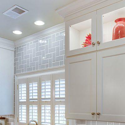 Kitchen Glass Uppers Design